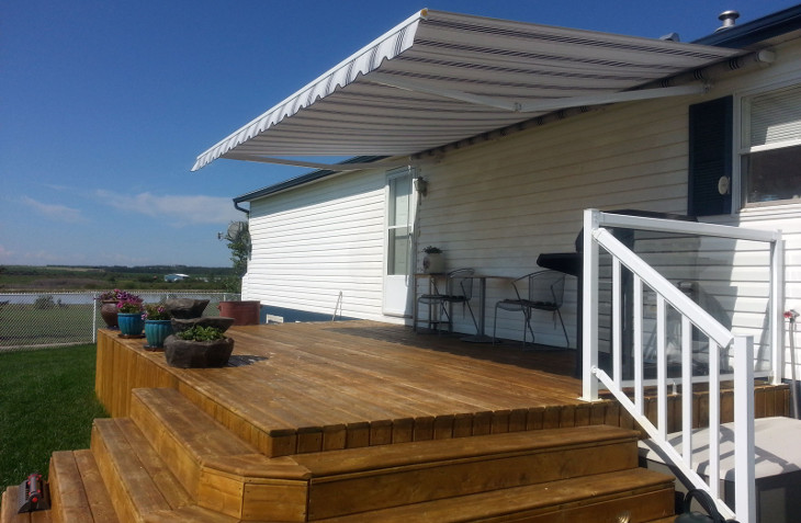 Home deck awning