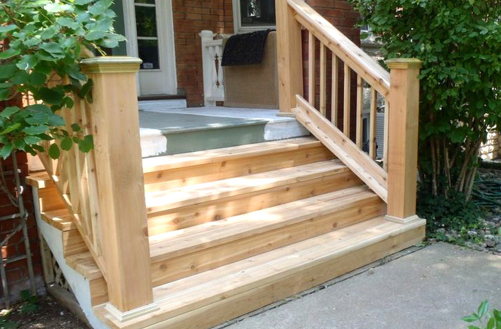 Mobile home wooden steps