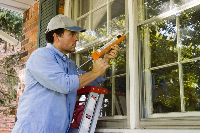 Sealing windows to maintain heat