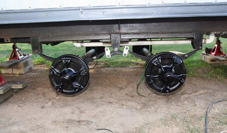 Spring axles for mobile home