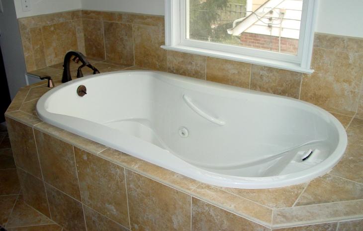 Acrylic garden tub