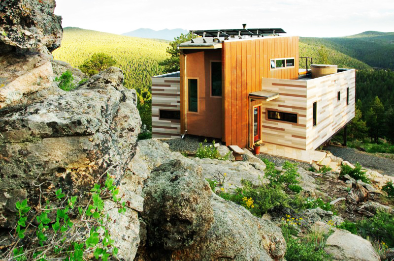 Container home near cliff