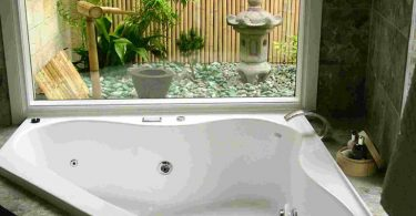 Japanese style garden tub