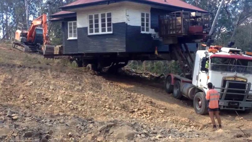 Moving home through uneven land