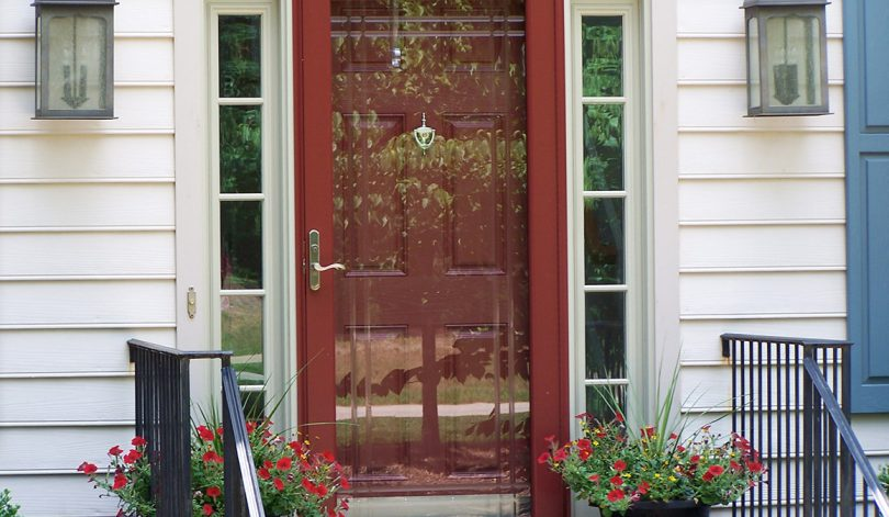 Standard storm door design