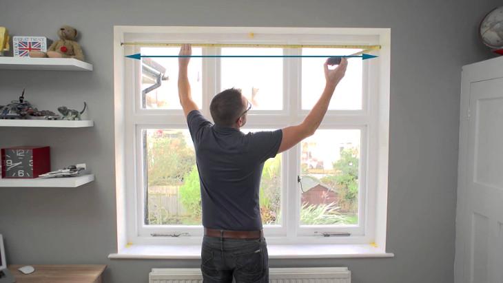 Taking measurements of window