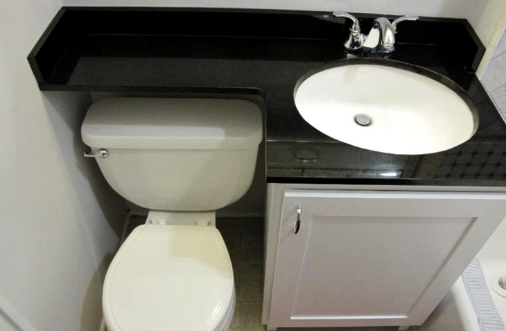 Toilet and sink for small bathrooms