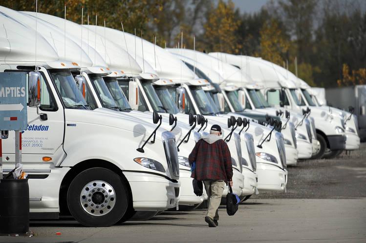 Trucks for moving mobile homes