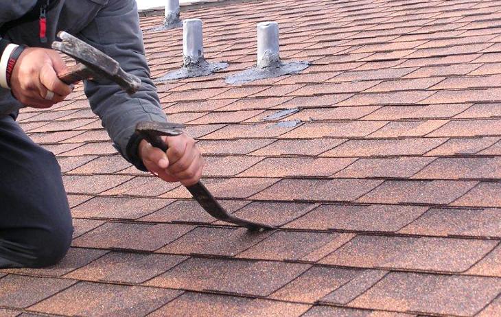 Finding leak on shingled roof