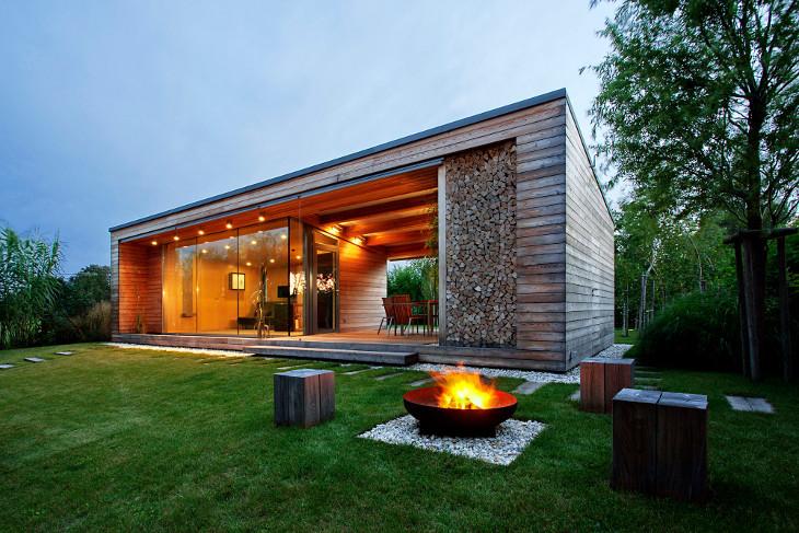 Glass walls modular home