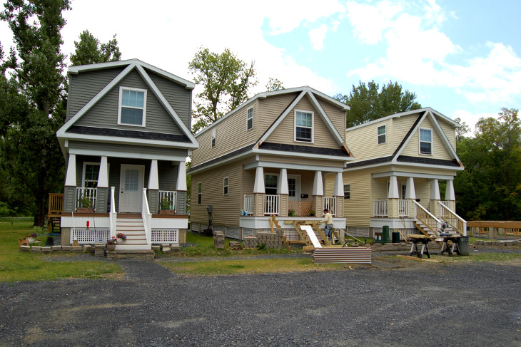 Two story modular homes affordable and environment friendly for Narrow modular homes