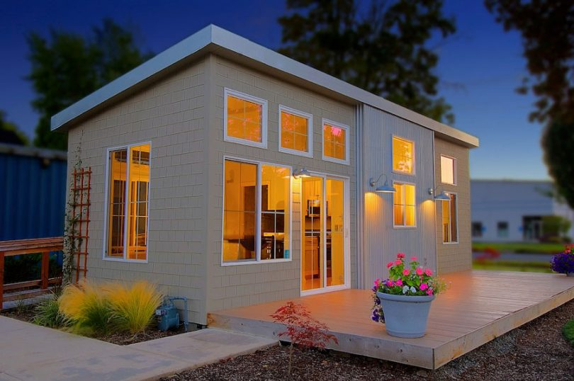 Portable prefabricated home