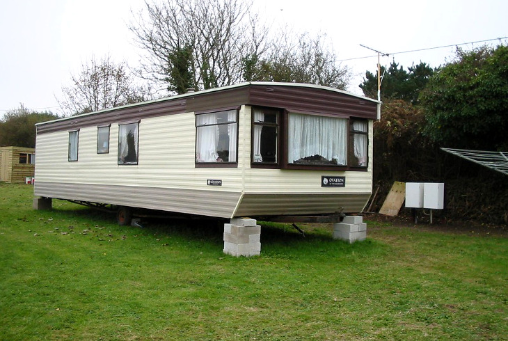 Vintage style mobile home