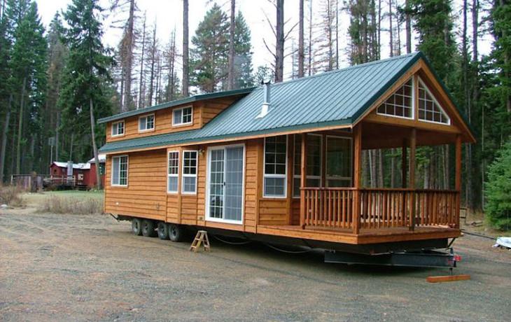 Mobile home on trailer frame