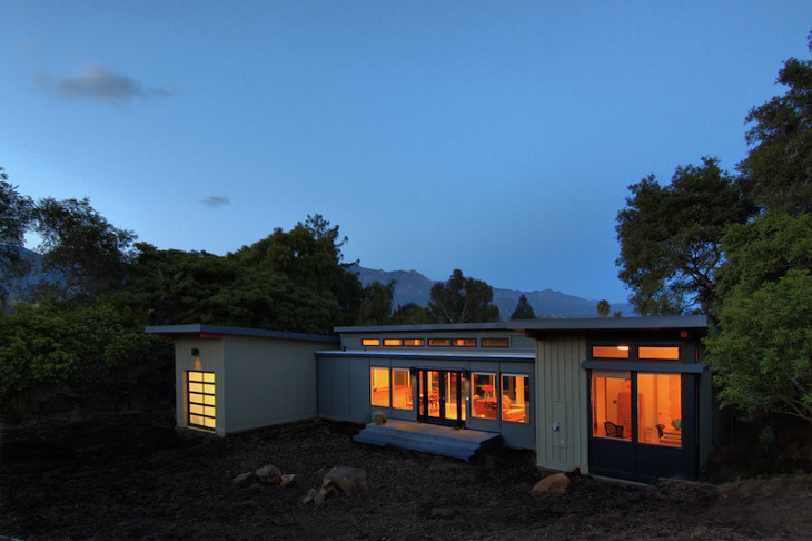 Prefab home by Stillwater Dwellings