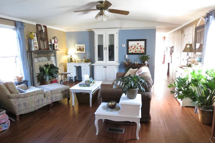 Single wide living room