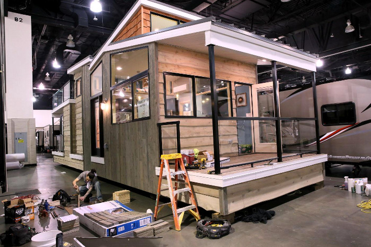 Constructing prefabricated house