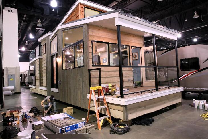 Constructing prefabricated house