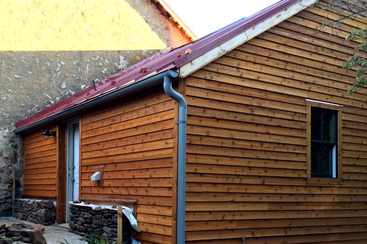 Modular home with cedar siding