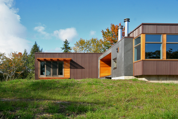 Prefab home near the woods