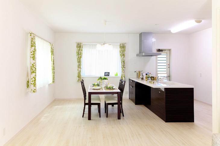 Clean modular house interior
