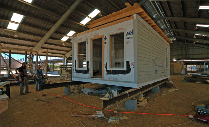 Constructing a modular house