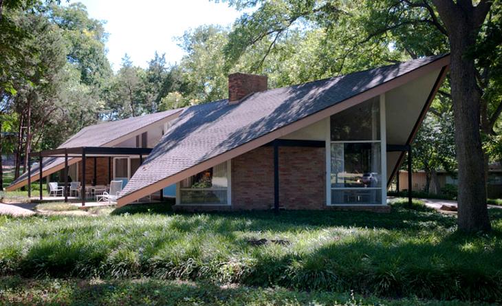 Energy efficient modular house