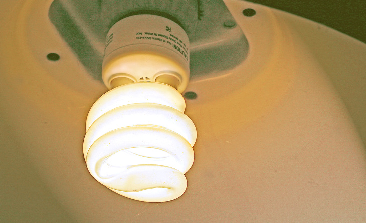 Energy-saving lightbulb