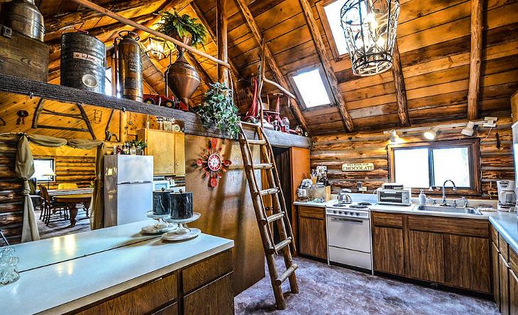 Inside a modular log home